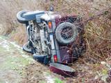 car crash jeep