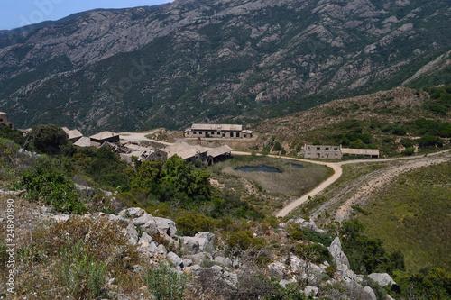 Foto Murales Laveria abbandonata di Genne Carru della miniera di Arenas