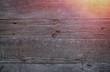 Graue Holztextur mit Lichtschein - 248946674