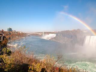 Niagara falls in Canada © Kazu