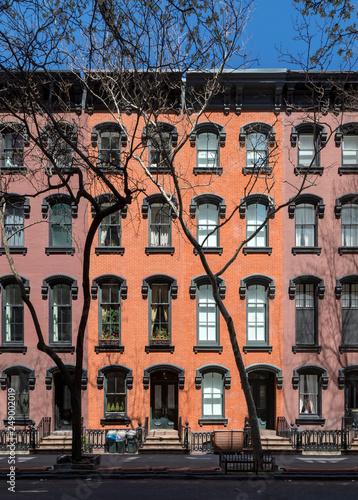 Foto Murales Exterior facade of old historic building in Manhattan New York City