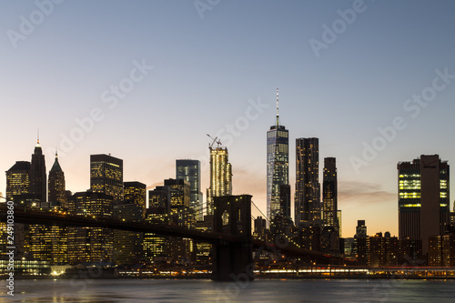 Foto Murales New York skyline with Brooklyn Bridge