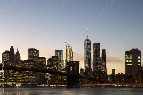 Fototapeten Brooklyn Bridge New York skyline with Brooklyn Bridge