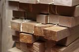Drewniane belki. Warsztat stolarski - 249113205