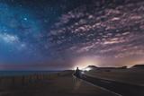 Autoestopista en la noche