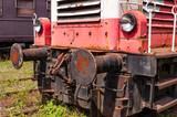 Front einer ausrangierten Lokomotive