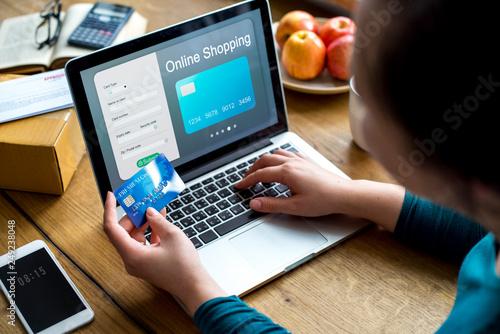 Leinwanddruck Bild People purchsing goods e-commerce online shopping