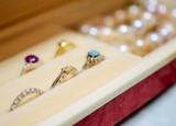 宝石箱、アクセサリーコレクション、ジュエリー