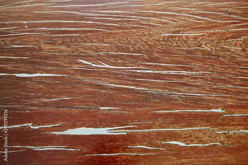 Holzplatte mit Zinnfüllung - 249299216
