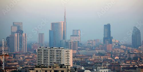 Milano nello smog © Gianfranco Bella