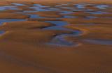 Trous d'eau sur la plage