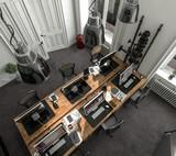Büroraum im Altbau mit 6 Arbeitsplätzen von oben