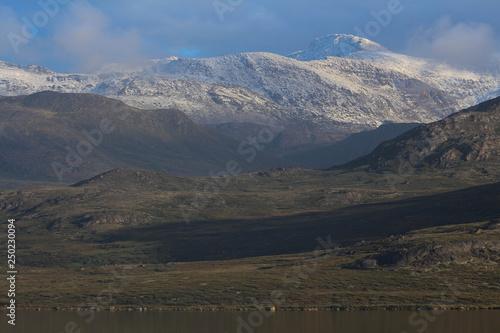 Leinwanddruck Bild Mountain near Sisimiut, Greenland
