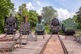Lokomotiven vor Drehscheibe