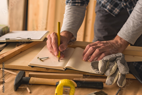 Carpenter writing project to do list - 250492604