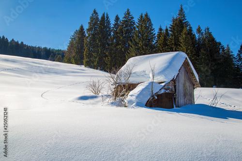 Leinwanddruck Bild Allgäu - Hütte - Stadel - Winter - malerisch