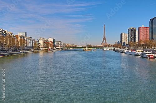 mata magnetyczna Paris - La Seine