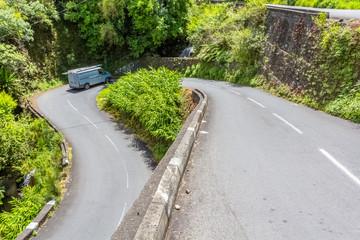 Route des Thermes, cirque de Cilaos, île de la Réunion  © Unclesam