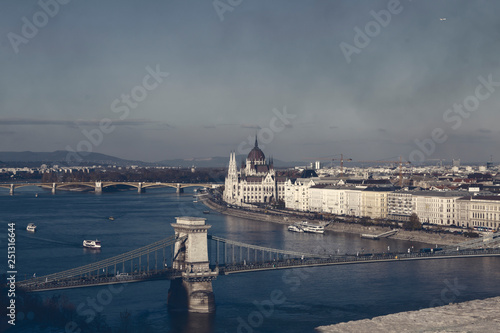 mata magnetyczna Skyline of Budapest, Hungary, view of Danube and city skyline.. Evening, dusk.