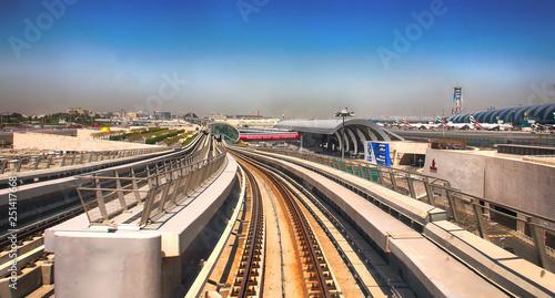 mata magnetyczna Dubai, UAE - April 7, 2014. Dubai Metro high-speed rail network. Metro in Dubai