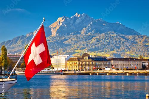 Leinwanddruck Bild Lake Luzern and town waterfront with Pilatus mountain peak view