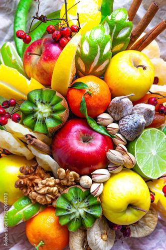 Fruchtbukett - 252064070