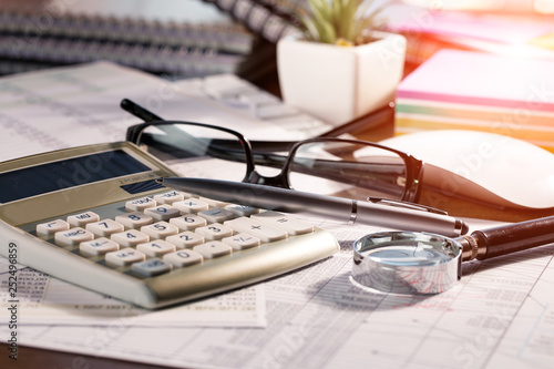 Accounting. Items for doing business in the office in the composition. © vizafoto
