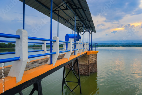 Lake water level meter bridge © mamotuo_studio
