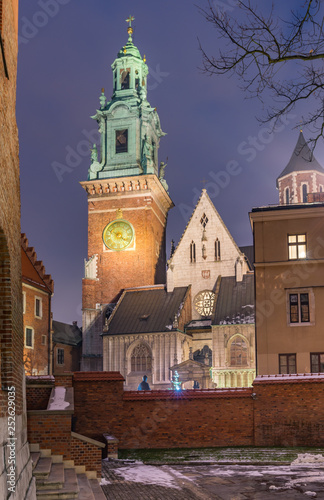 fototapeta na ścianę Wawel cathedral illuminated at winter night, Krakow, Poland