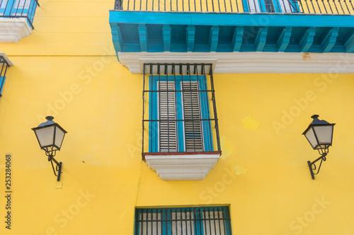 obraz PCV Detail of a restored colonial building in Old Havana. Cuba