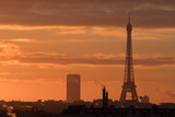 Fototapeta Paryż - paris tour eiffel soleil matin orange france tourisme visiter toit © shocky