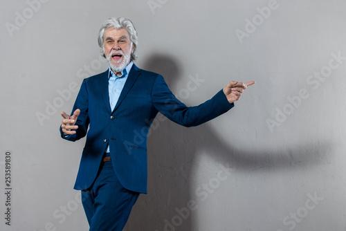 canvas print picture Freudiger Senior Business Mann