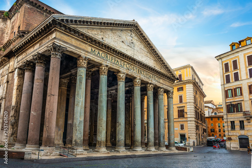 Leinwandbild Motiv Ancient Pantheon in Rome