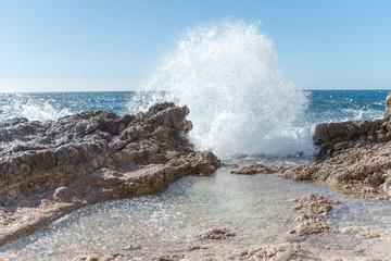vague au Cap d'Antibes © Bernard