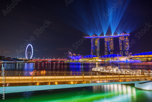 Leinwandbild Motiv Spectra Light and Water Show Marina Bay Sand Casino Hotel Downtown Singapore