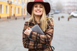 Leinwanddruck Bild - Beautiful young stylish blonde woman
