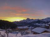 Fototapeta Na ścianę - couché de soleil en montagne l'hiver © emmanuel