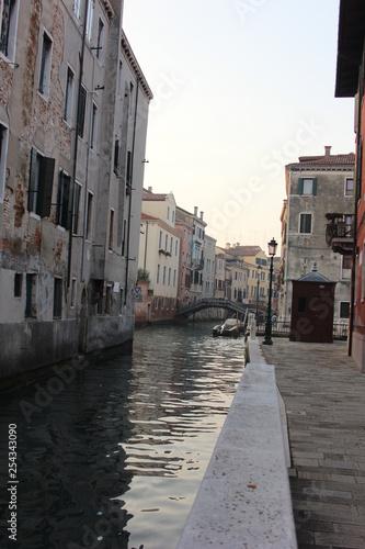 Venedig Kanal  - 254343090