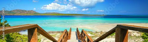 magischer Strand auf Sardinien - 254473043