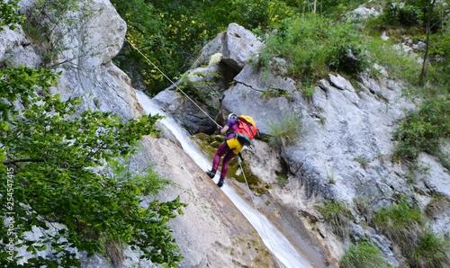 Cascade Saint Vincent de Mercuze- Descente en rappel-2 © indorienta
