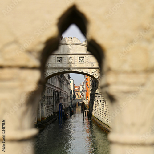 pont des soupirs, Venice in Italy, bridge of sighs