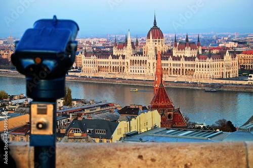 obraz PCV Ausblick auf das ungarische Parlamentsgebäude
