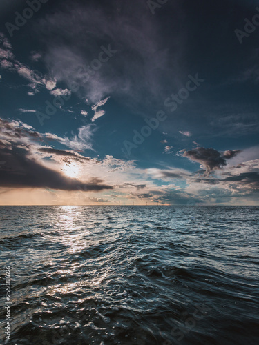 seascape sea horizon and sky. - 255088696