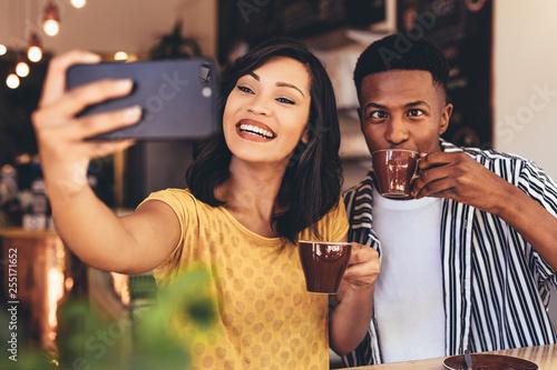 Leinwanddruck Bild Funny selfie at cafe