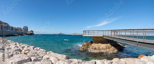 Marseille, vue panoramique de la Plage des Catalans - Marseille Famous beach of the Catalans panoramic View - 255351079