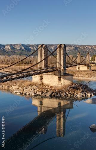 Le vieux pont suspendu de Mallemort - Bouches-du-Rhone - France - 255355819
