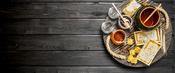 Assortment of different types of honey. © OlesyaSH