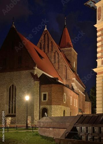 obraz PCV Kraków. Kościół św. Krzyża nocą