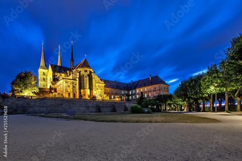 fototapeta na ścianę Kloster St. Michael in Bamberg zur blauen Stunde