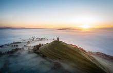 "Постер, картина, фотообои ""Glastonbury Tor Foggy Sunrise """